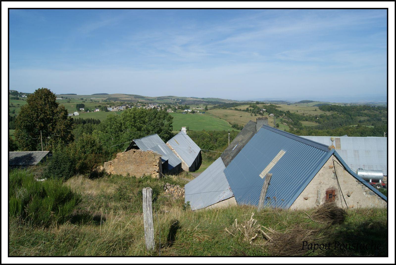 Le hameau de Lastauves