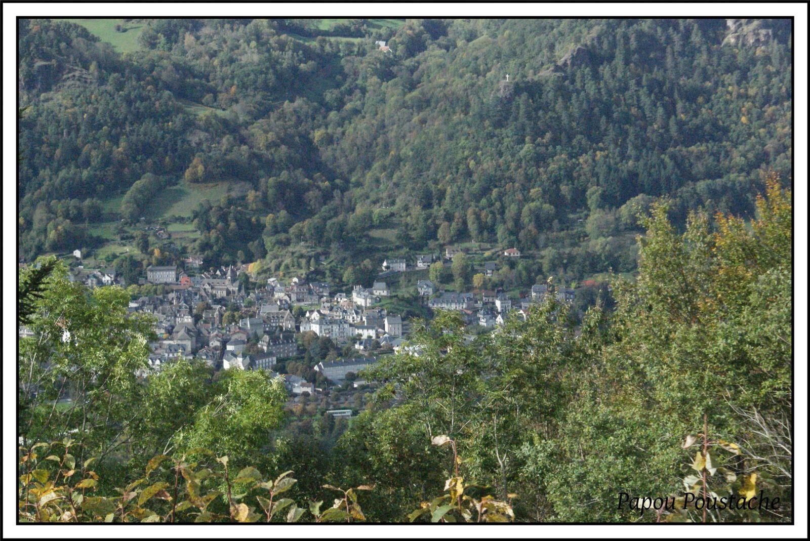 Les villages du Cantal: Vic sur Cère