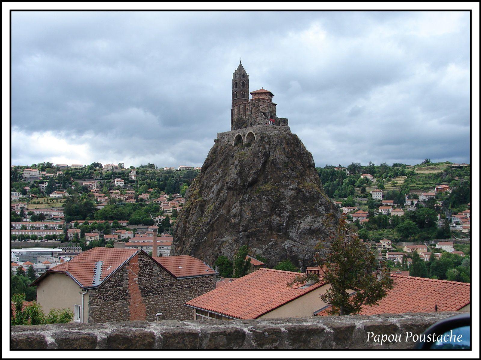 Patrimoine Auvergnat: Le Rocher d'Aiguille