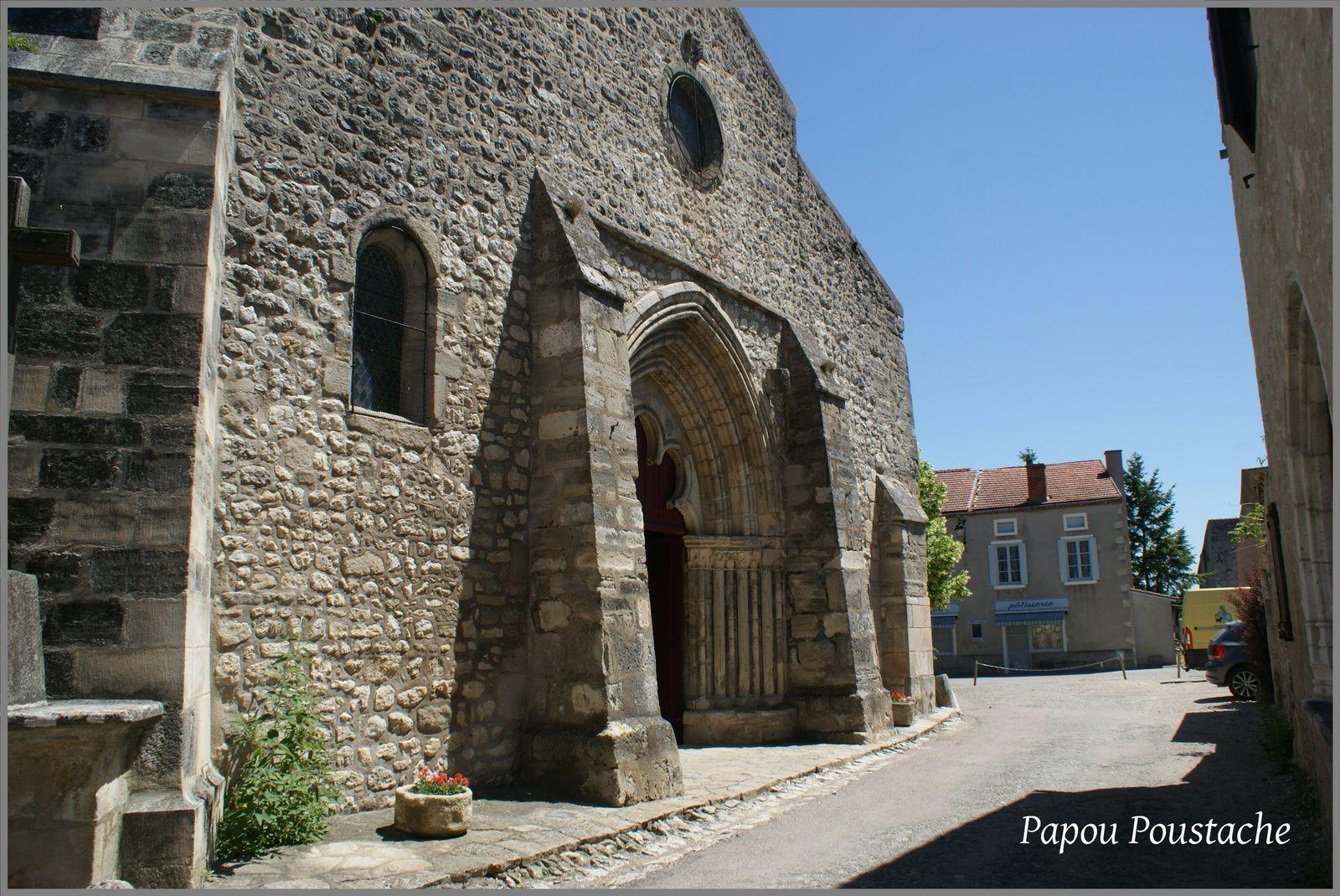 Patrimoine auvergnat:Eglise de Charroux