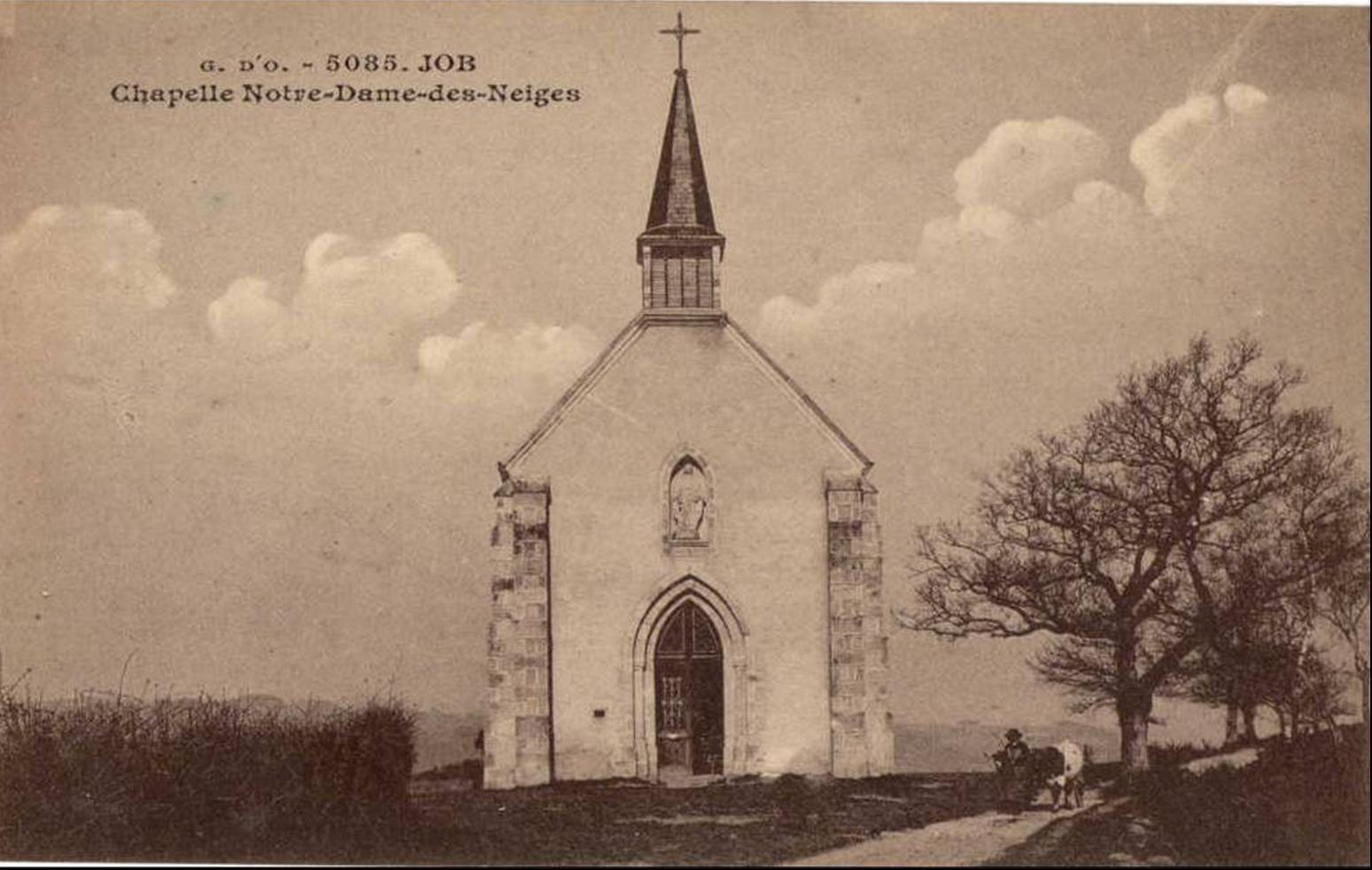 La chapelle aux environs de Job