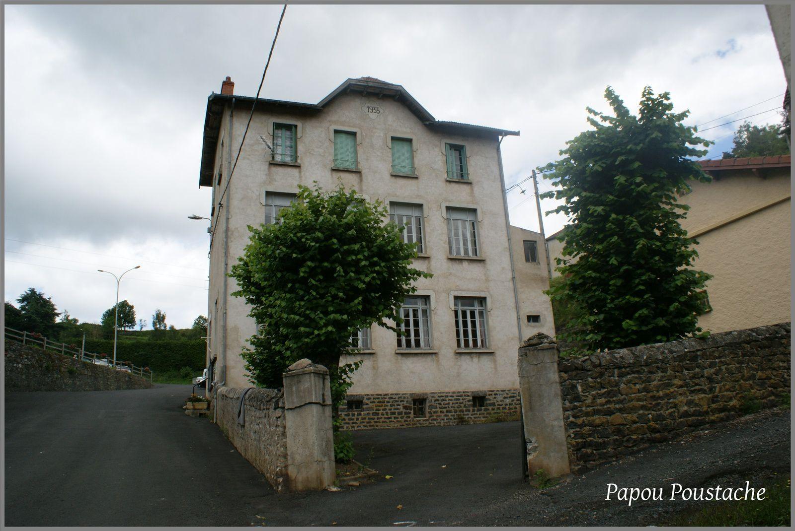 Les villages de Haute-Loire:St Privat d'Allier