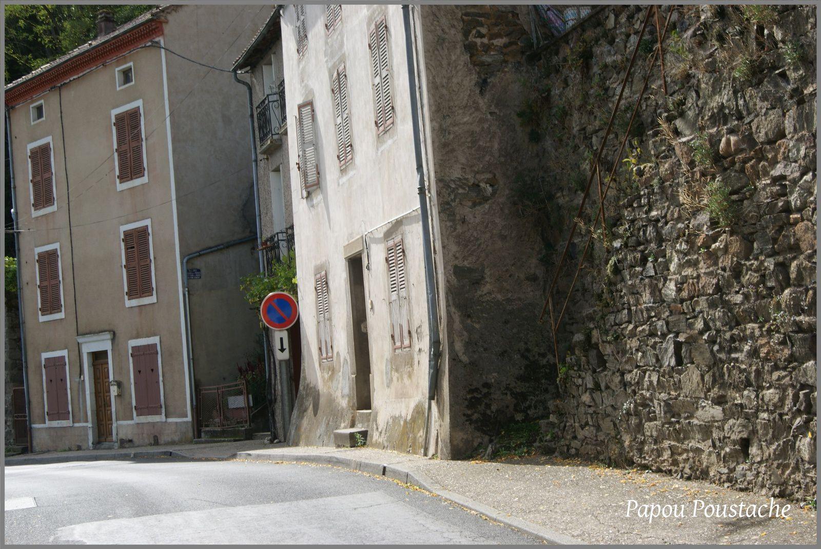 Au hasard dans les rues de Lavoute Chilhac