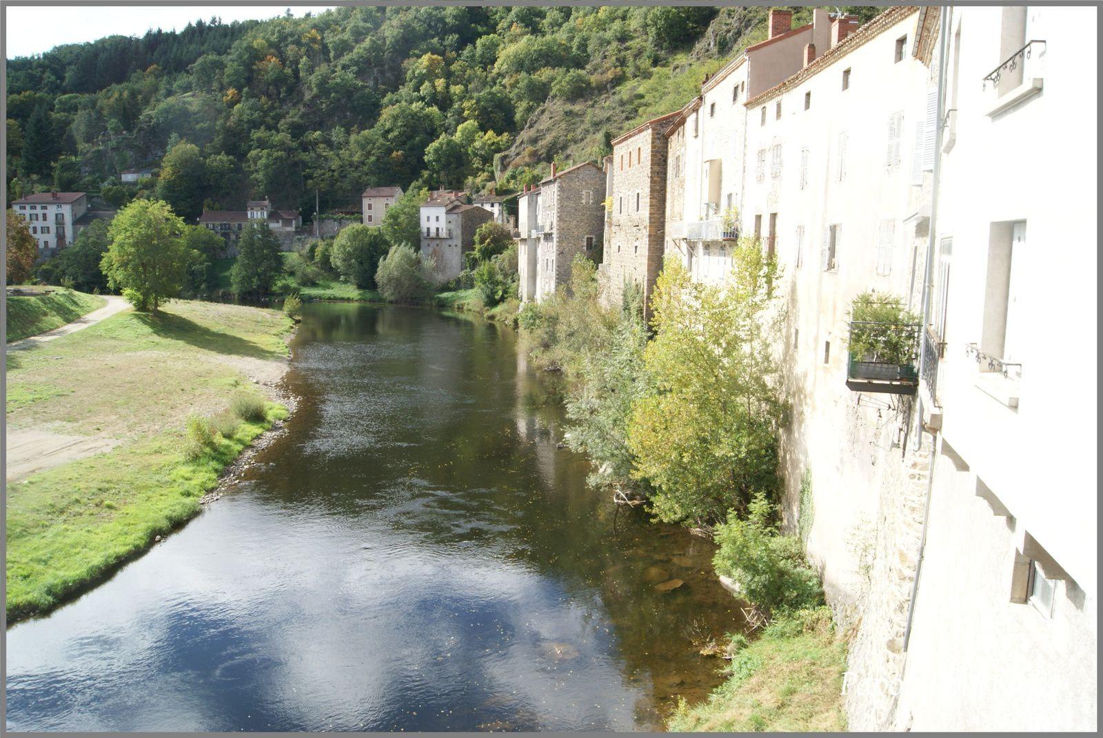 Les villages de Haute-Loire:Lavoute Chilhac