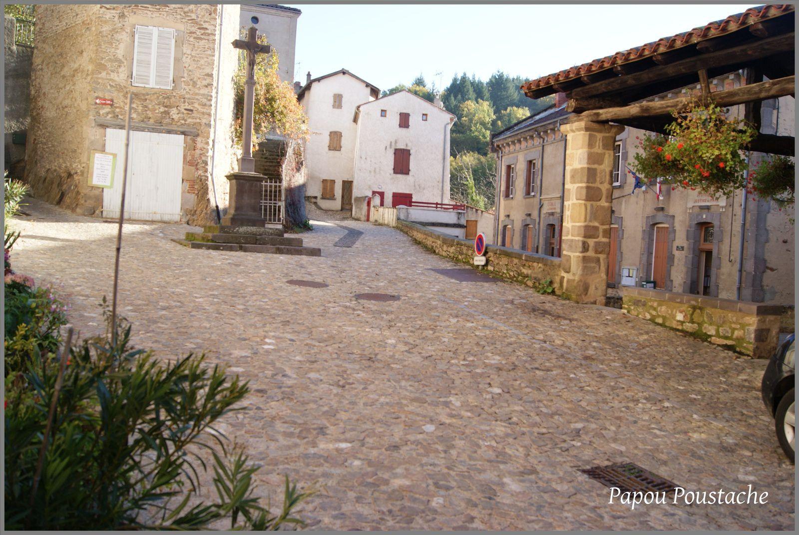 Vues du village d'Auzon