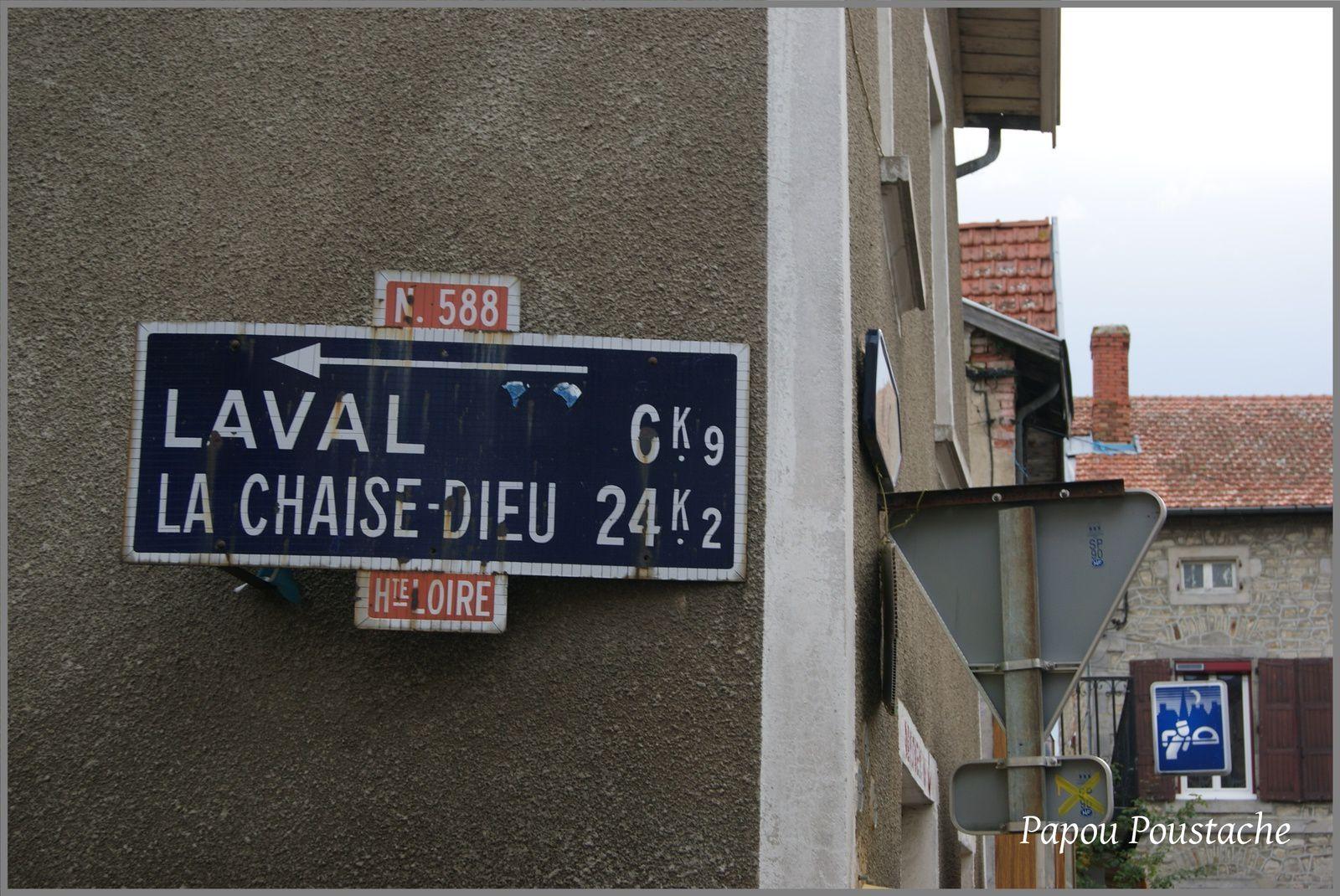 Panneau d'indication à Champagnac