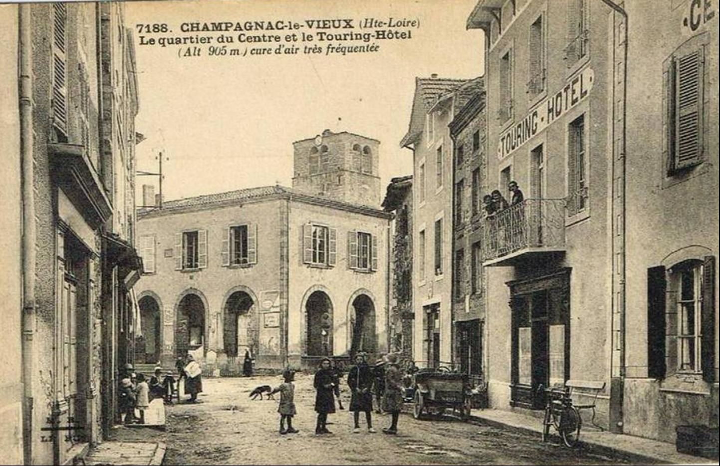 Les hotels à Champagnac le vieux