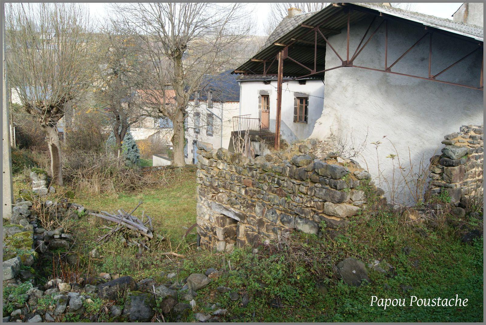Les villages du Puy de Dôme:Dauzat sur Vodable