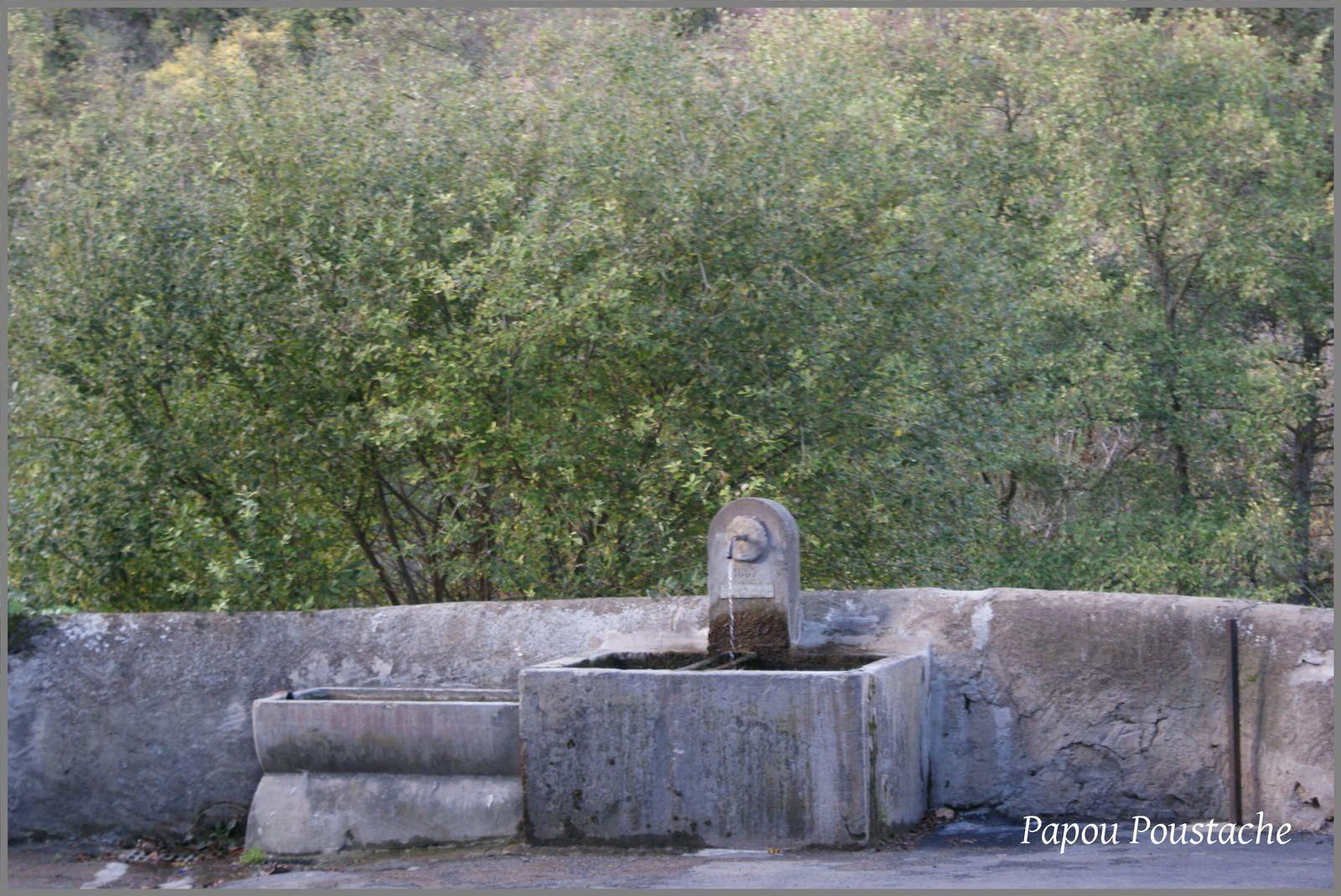 Les fontaines à Neschers