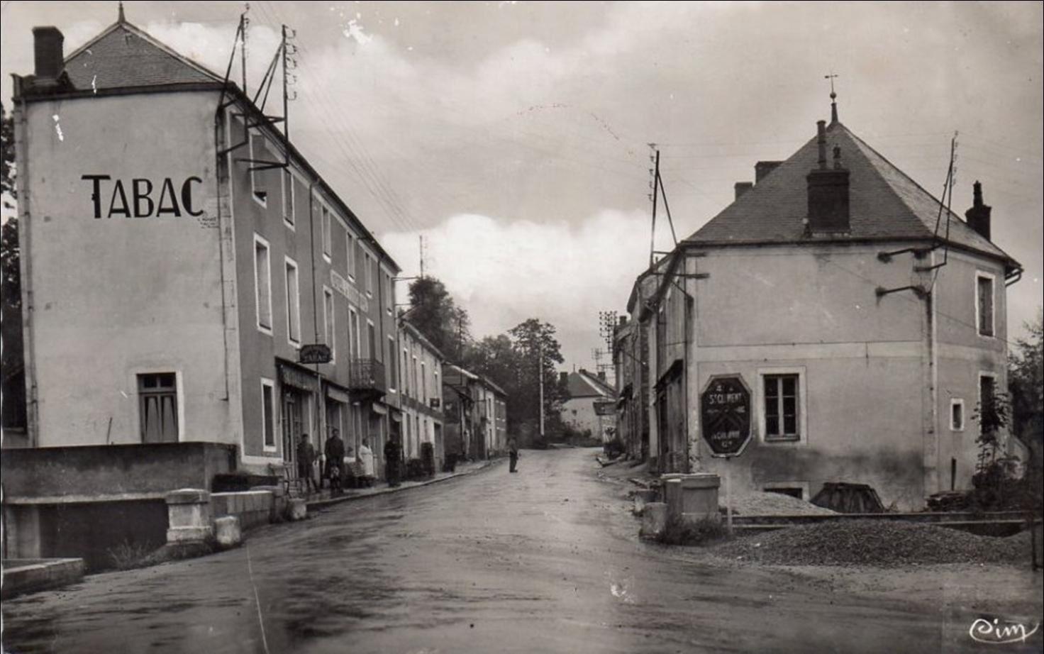 Promenade dans les rues du Mayet