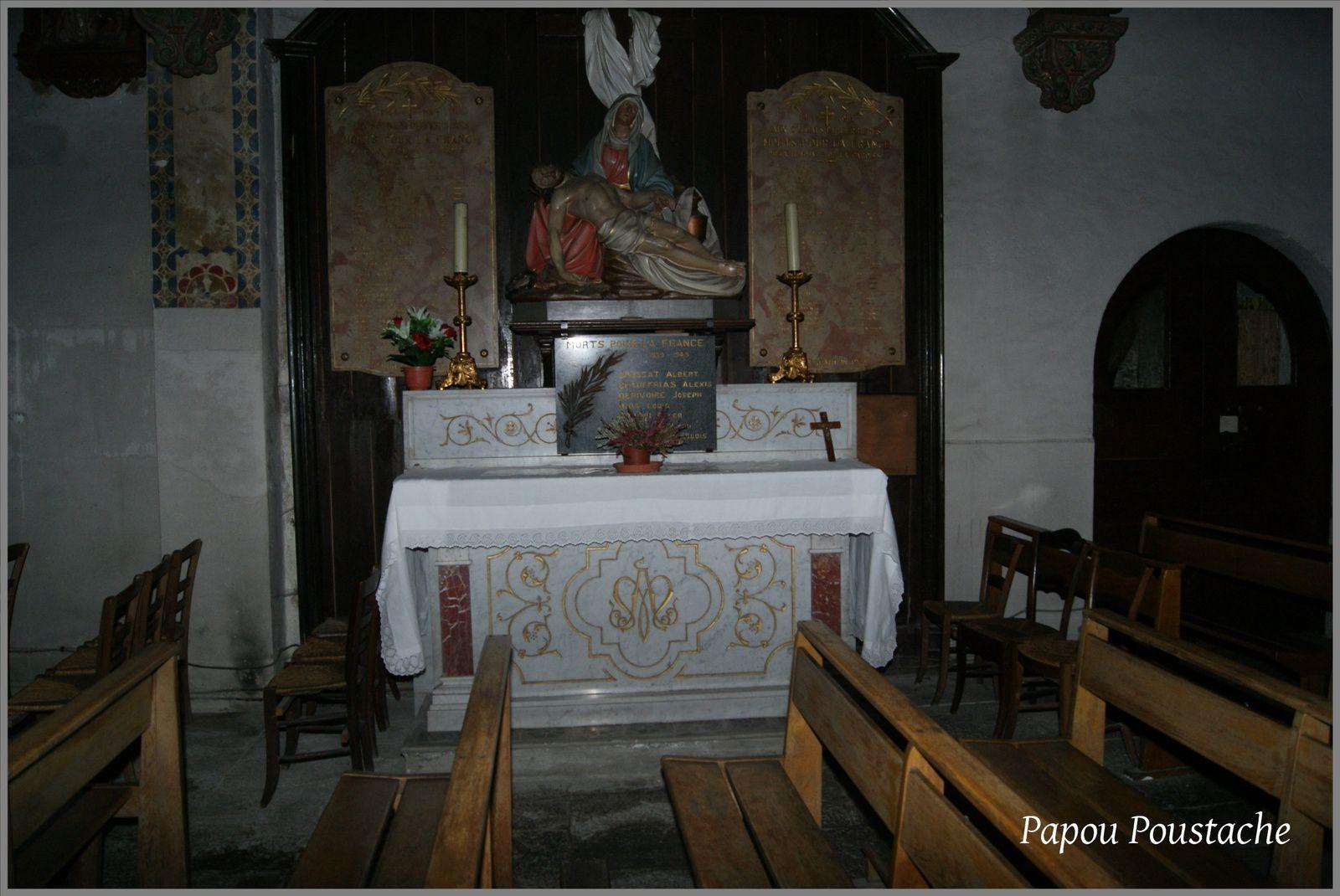 Eglise et Monument à Ferrières