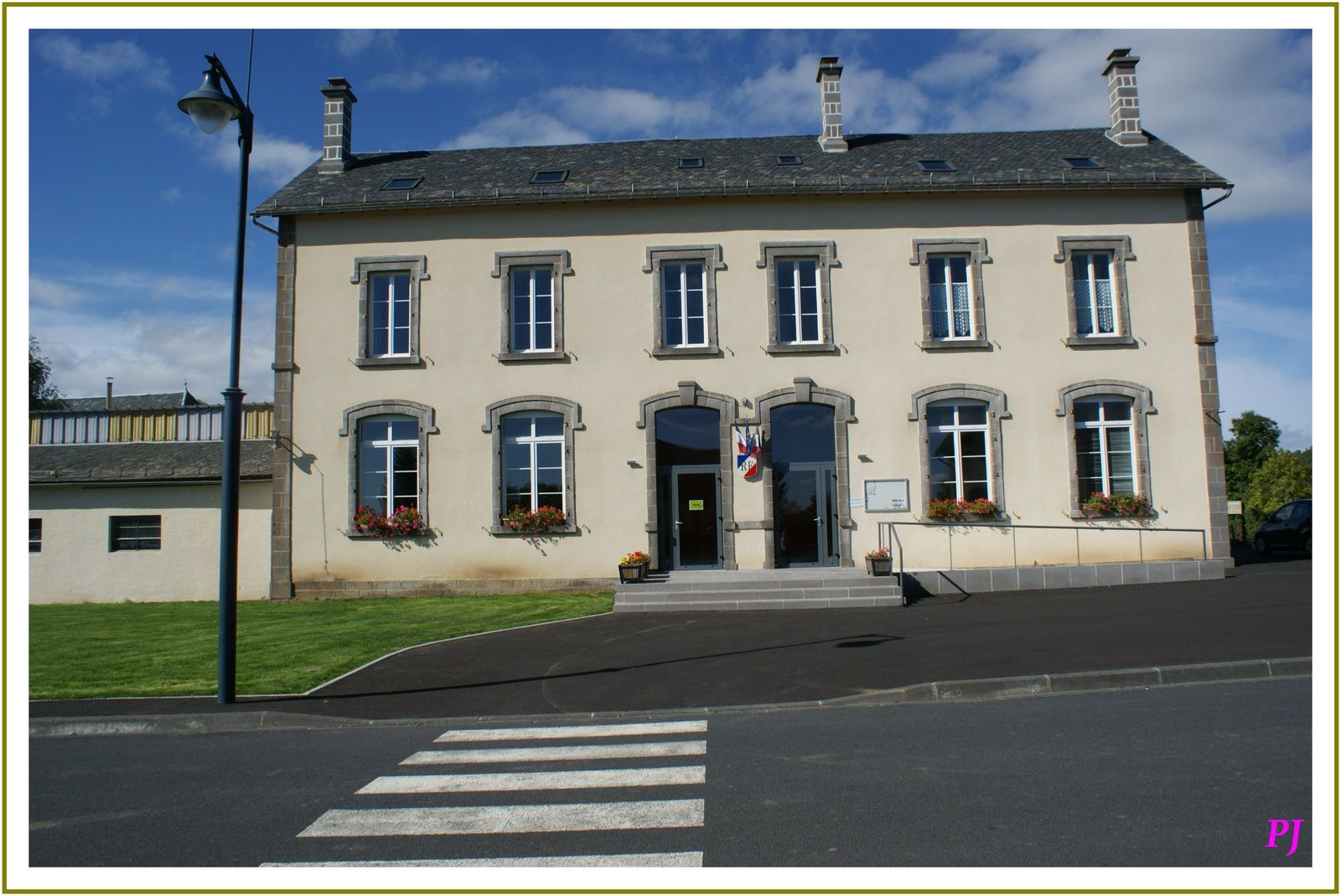 Les villages du Cantal: Lavastrie
