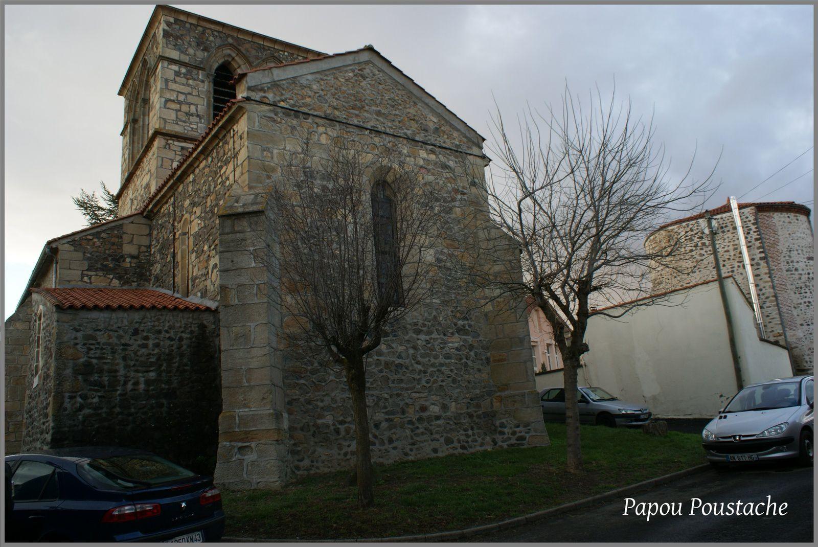 Fontaines,église et monument à Flat
