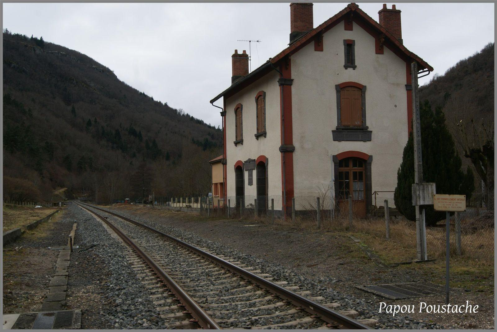 La gare à Molompize
