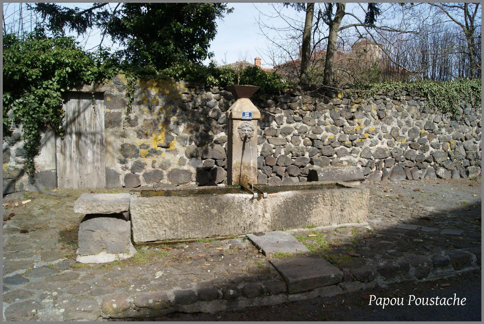 Les villages de Haute-Loire: Solignac sur Loire