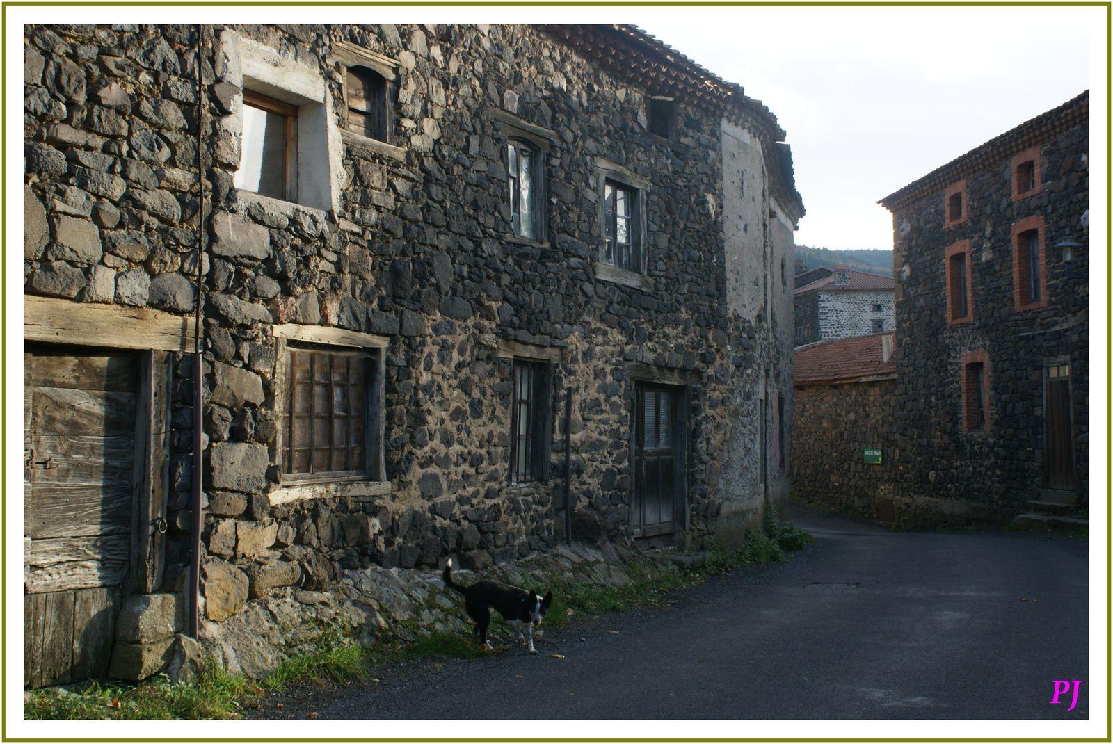 Le village de Pebrac