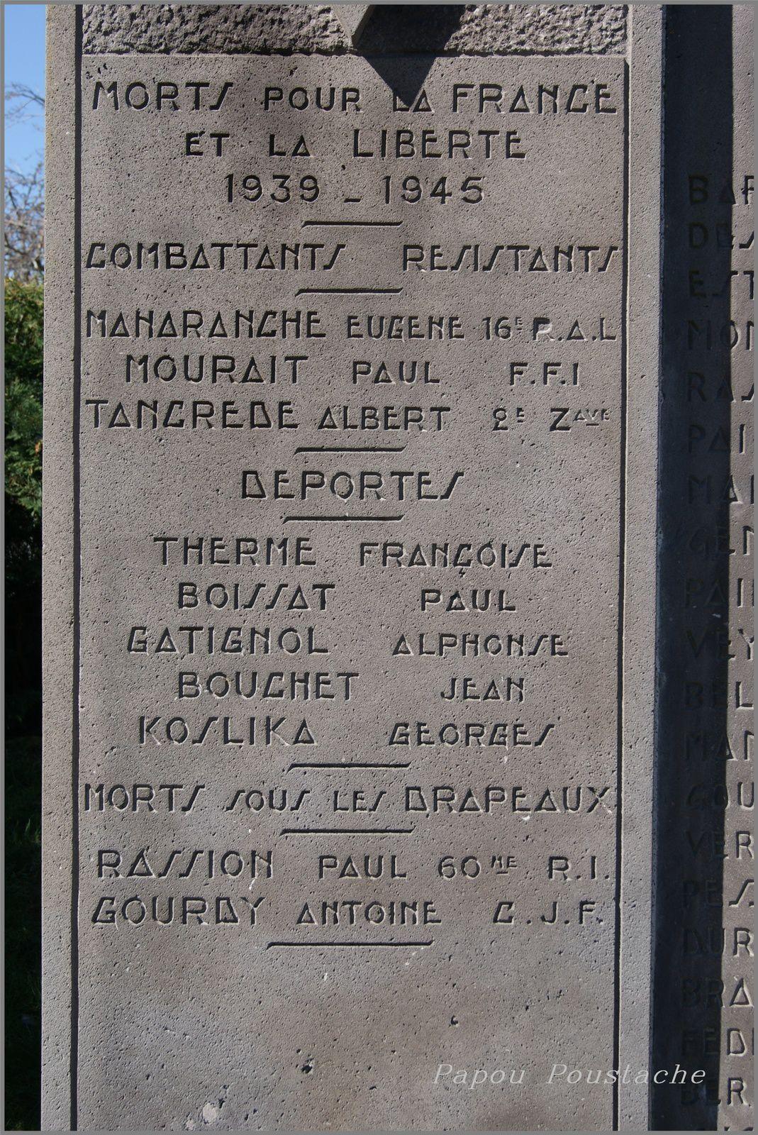 Monument et croix à Saint Diery