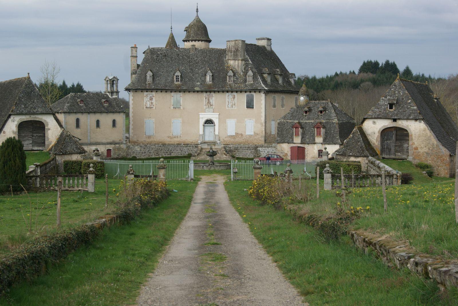 Le Chateau de Lamothe à Calvinet