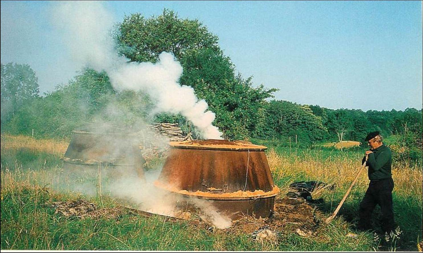 Les fours à charbon de bois