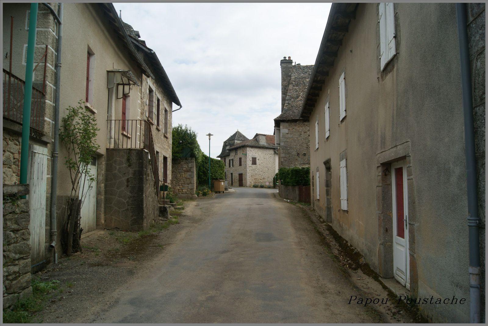Mourjou dans le Cantal