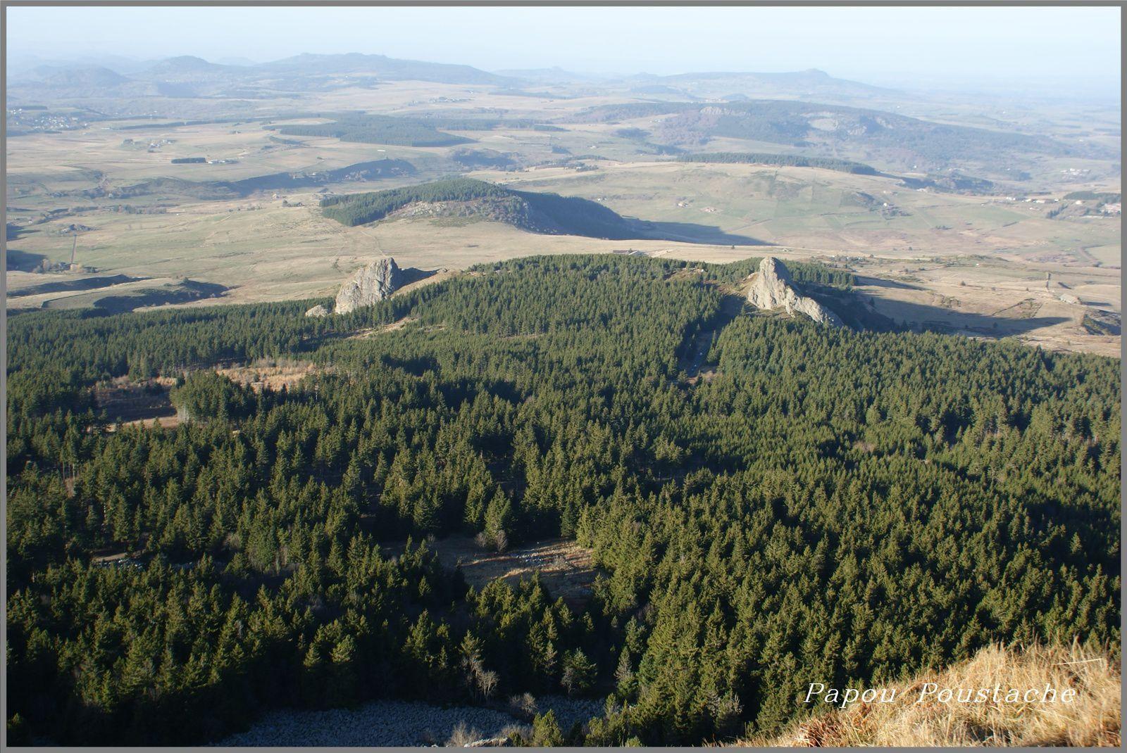Les monts   d'Ardeche et de Haute Loire