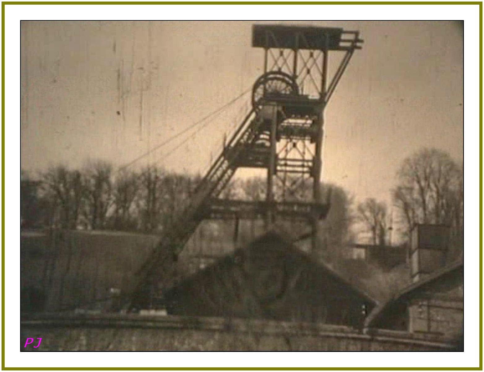 Le village de Frugères en video dans les années 60
