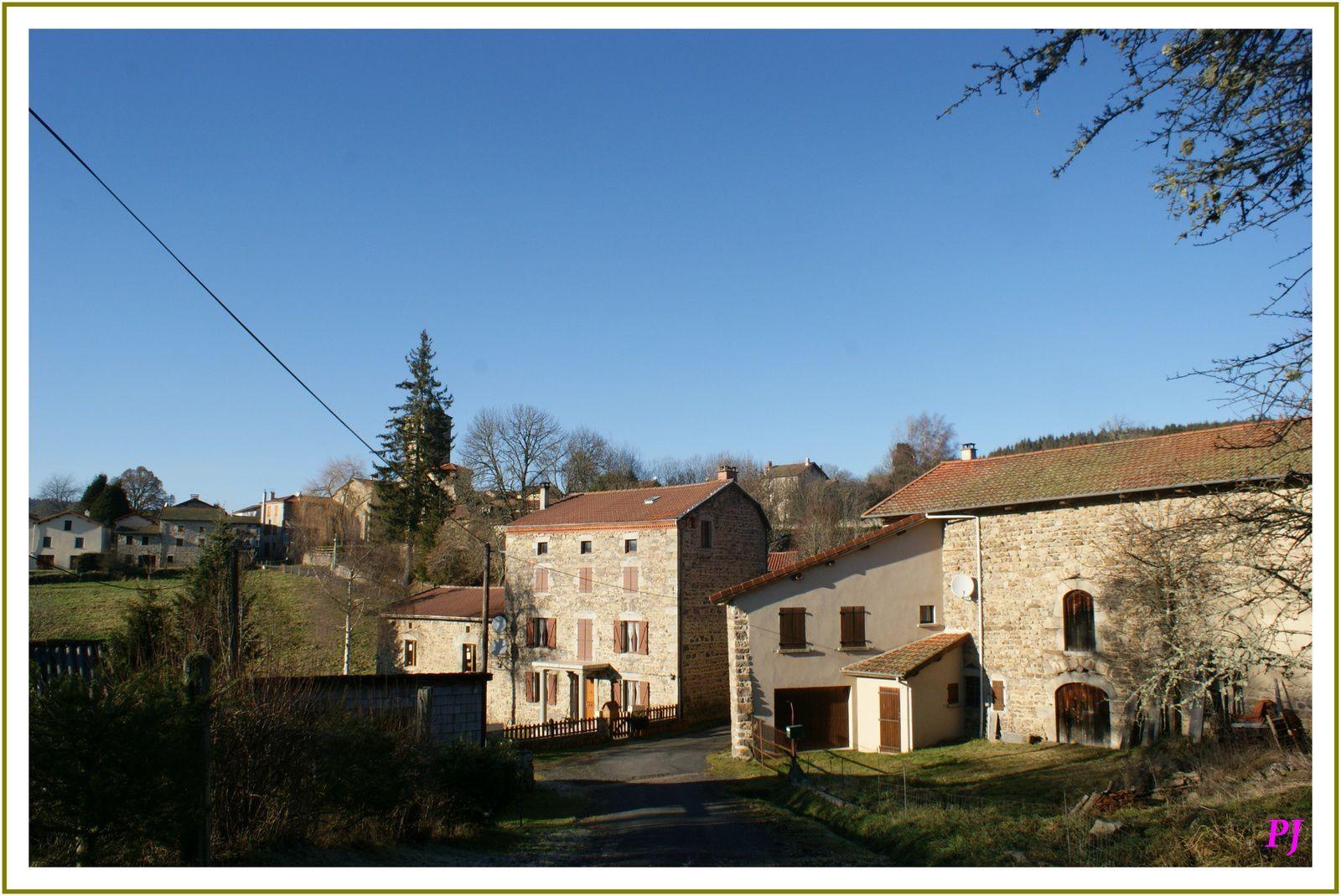 Les villages du Puy de Dome: Fayet-Ronaye