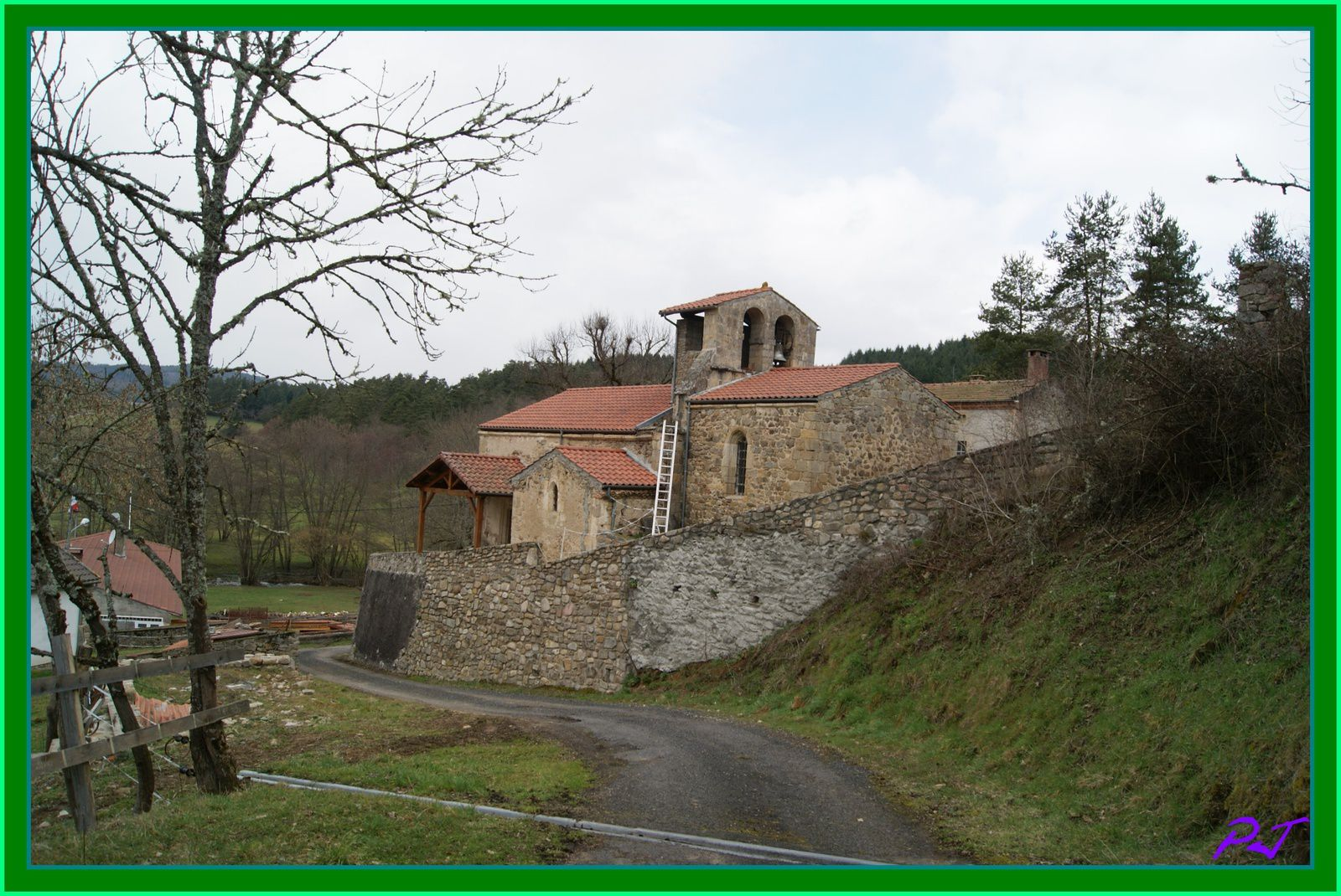 Les villages du Puy de Dome:Valz sous Chateauneuf