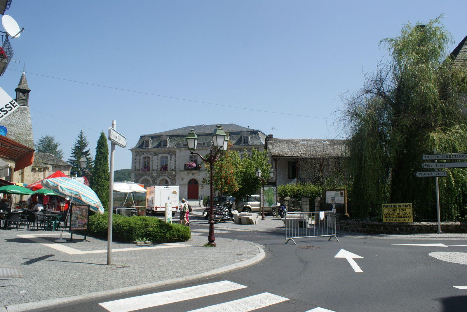 Riom és Montagnes dans le Cantal