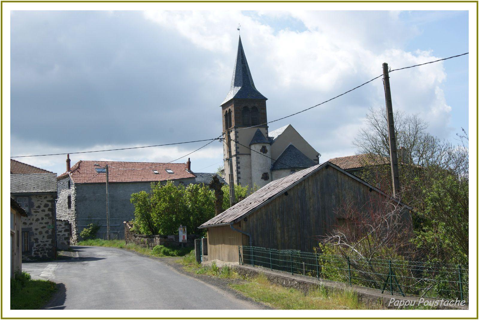 Les villages du Cantal: Coren les eaux
