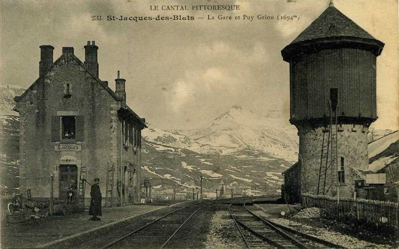 La gare de St Jacques des Blats