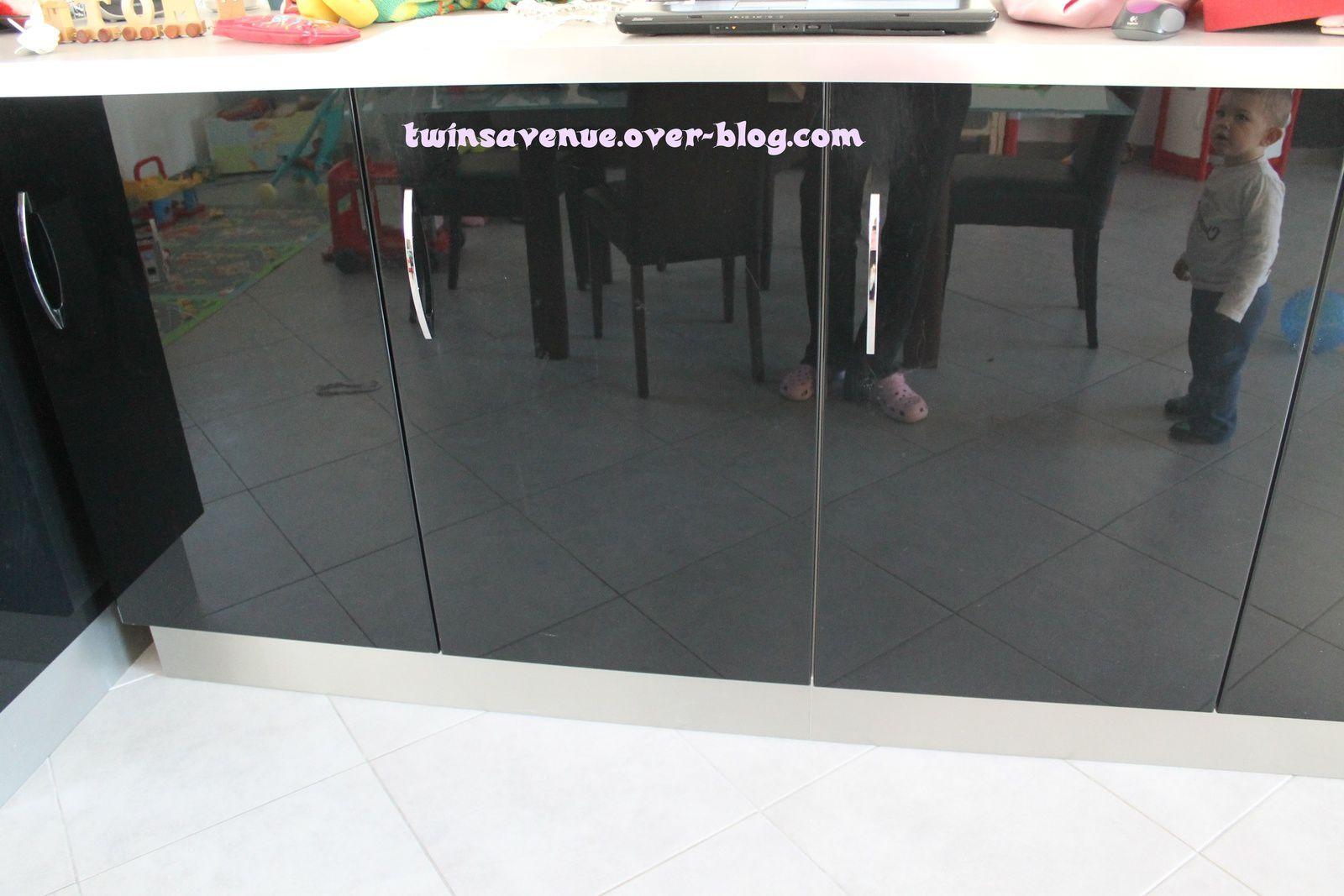Les Bloques Portes Invisibles Twinsavenueoverblogcom - Bloc porte invisible