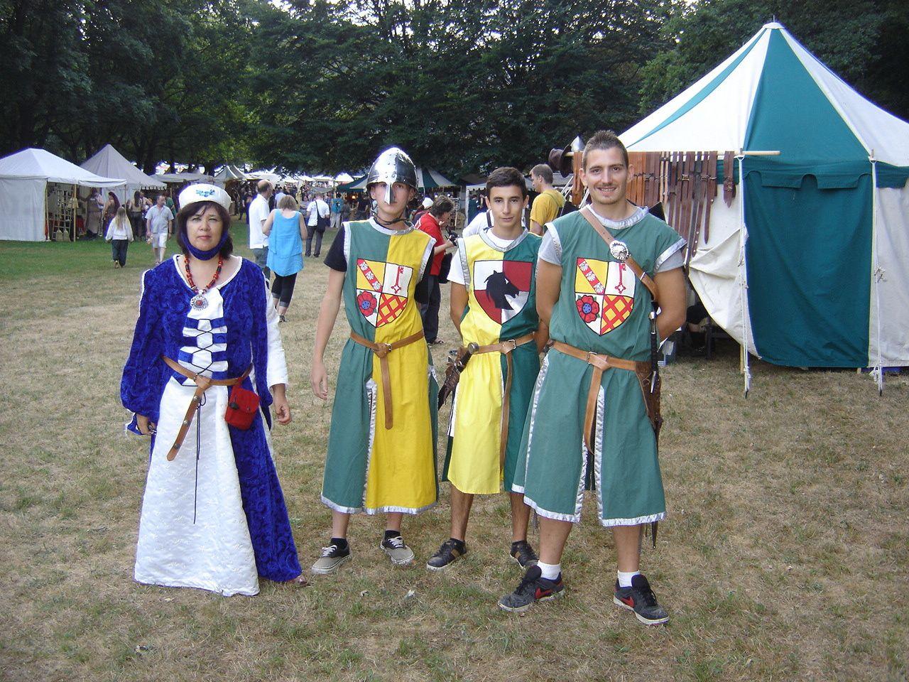 Samedi 18 juin un petit tour à la fête médiévale à Pirmasens nous avons rencontrés des personnes très sympathiques, le spectacle de feu étais super.