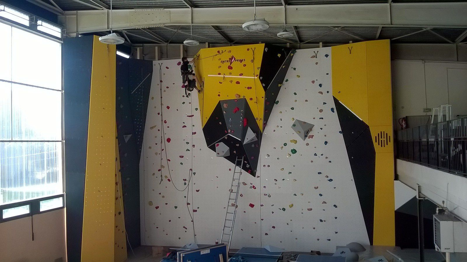 Le mur (12 couloirs)