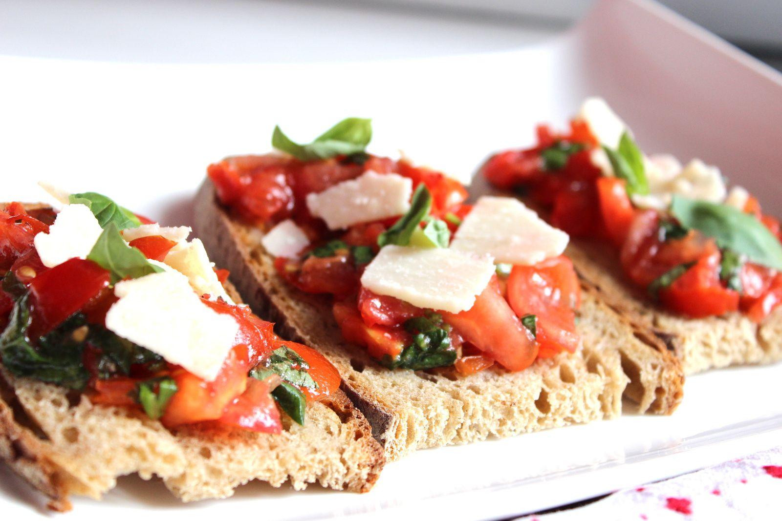 Italian fever : mes tartines tomates, basilic et parmesan