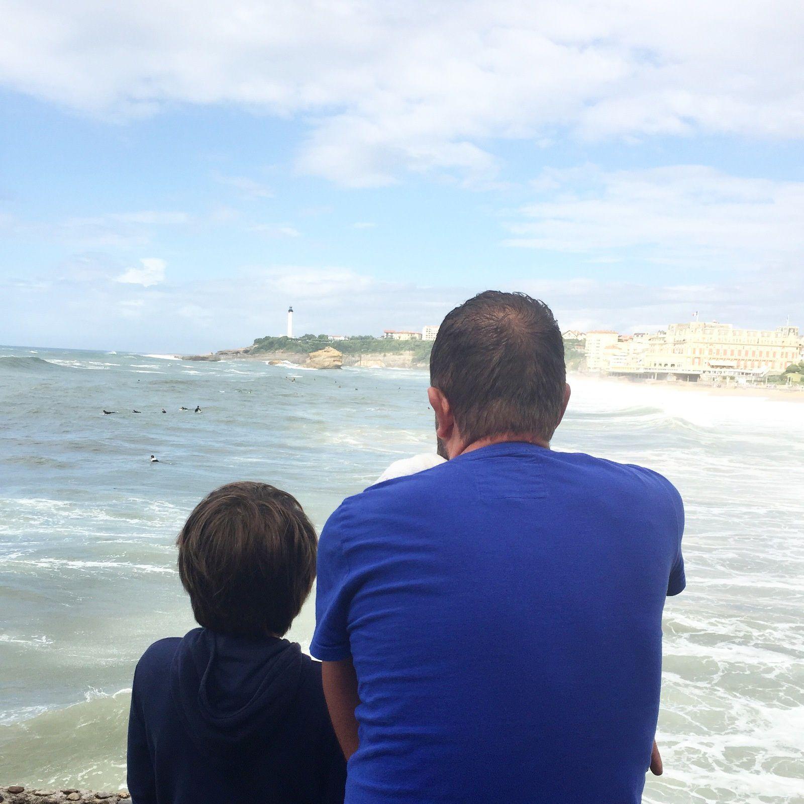 Visite de Biarritz, coup de coeur pour cette ville et promesse d'y revenir. Le déjeuner au Galion, face à la mer fut magique.