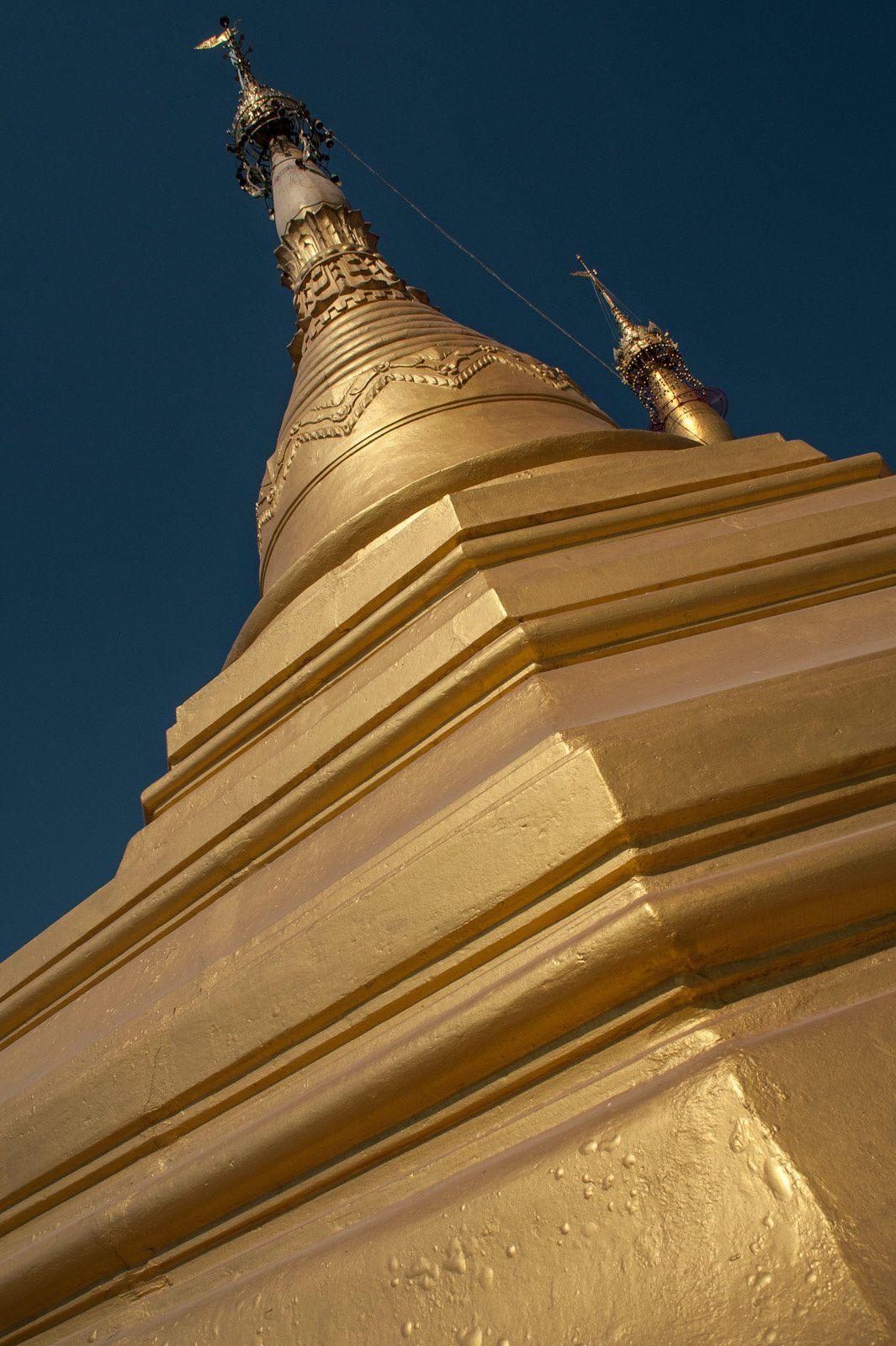 Myanmar - Ngwe Saung - Mawlamyine