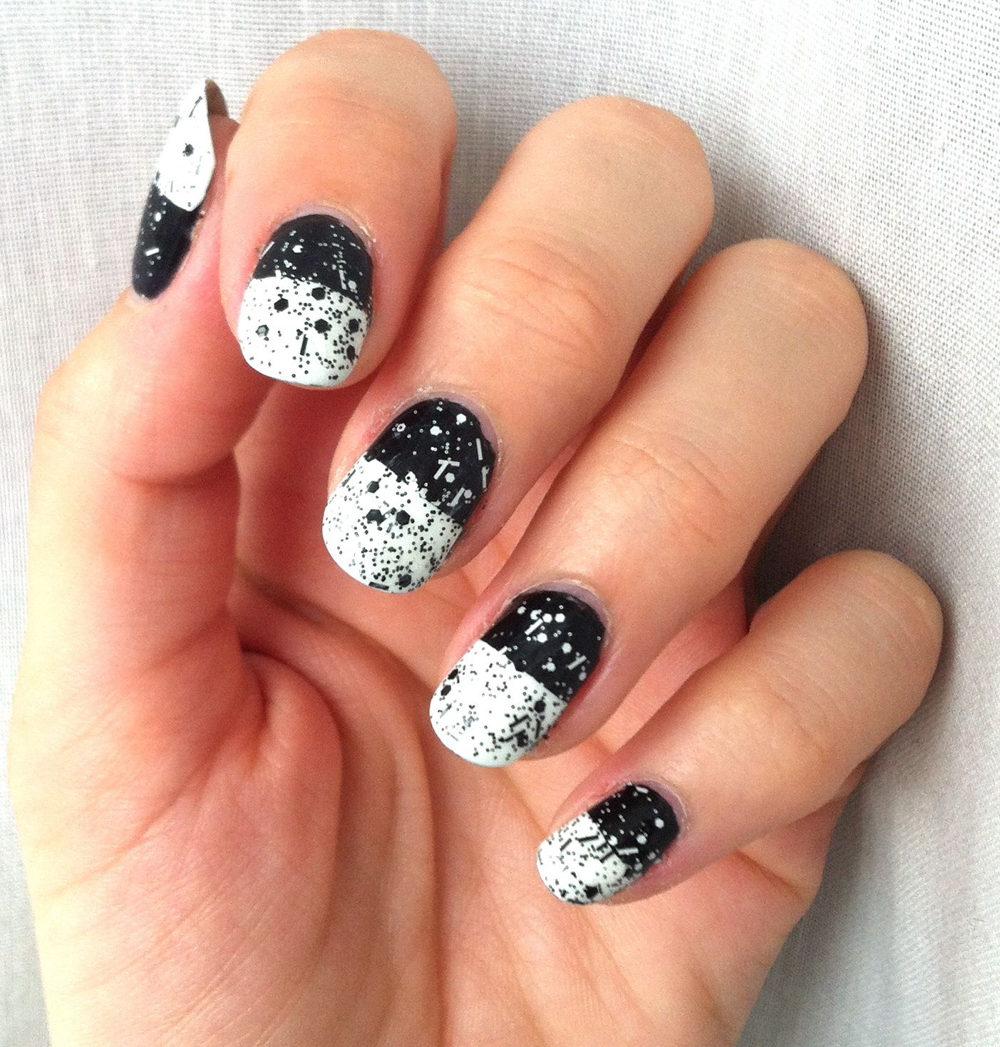 nailstorming black and white