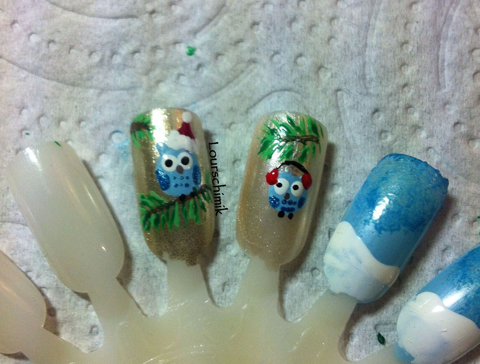 nailstorming we wish you a merry christmas !