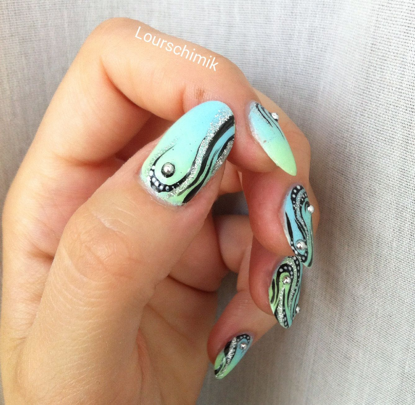 nail art tribal - reproductionTartofraises