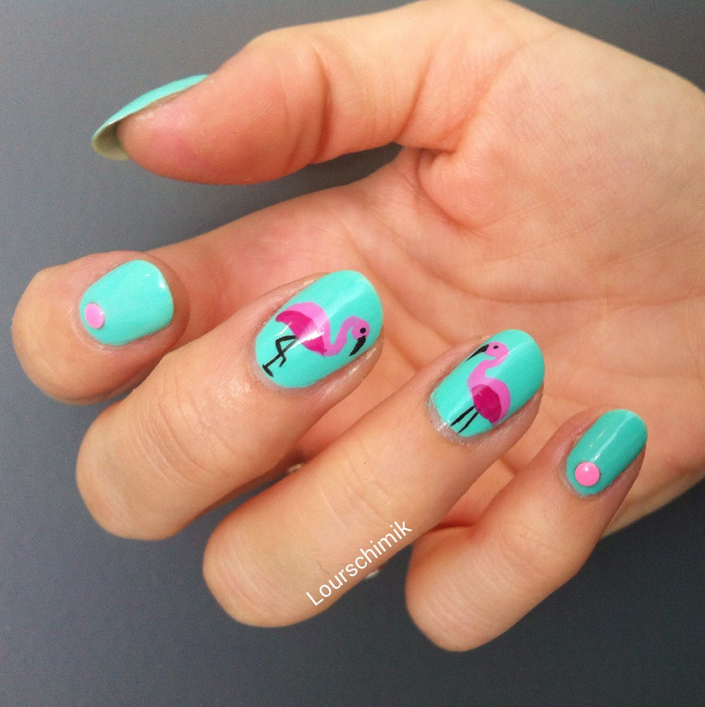 flamingo nails - des flamants roses qui sentent bon l'été