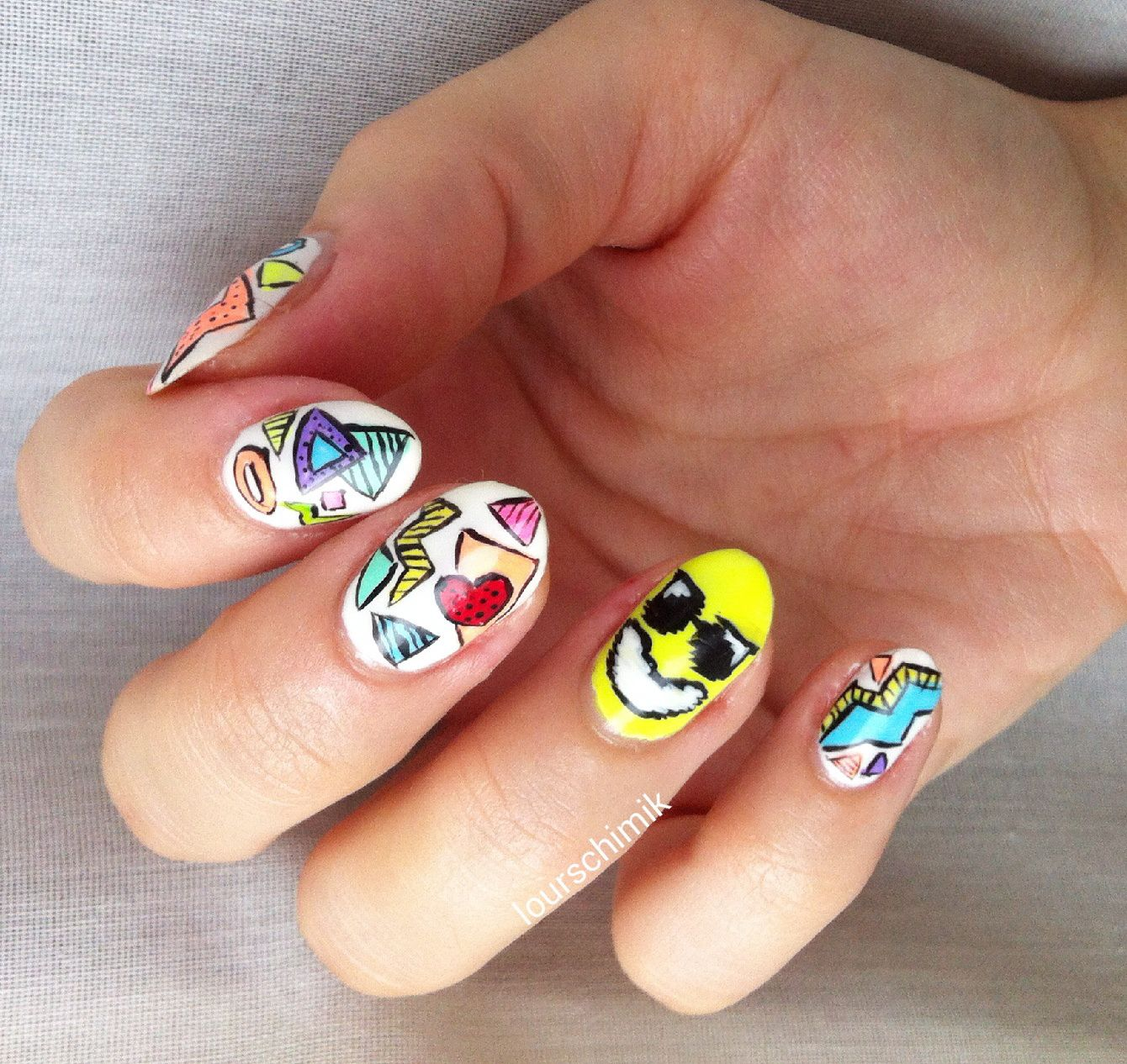 hit the floor baby !! - show luo nail art