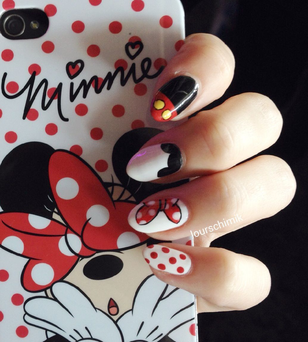 MickeyXMinnie - disney nails