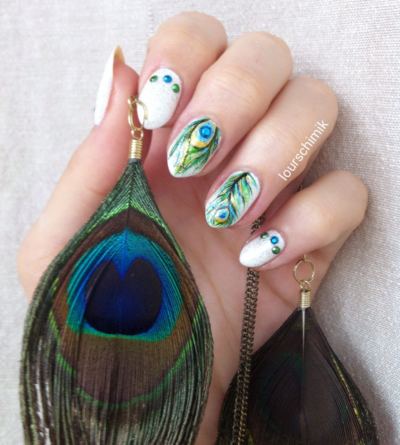 nailstorming feather power