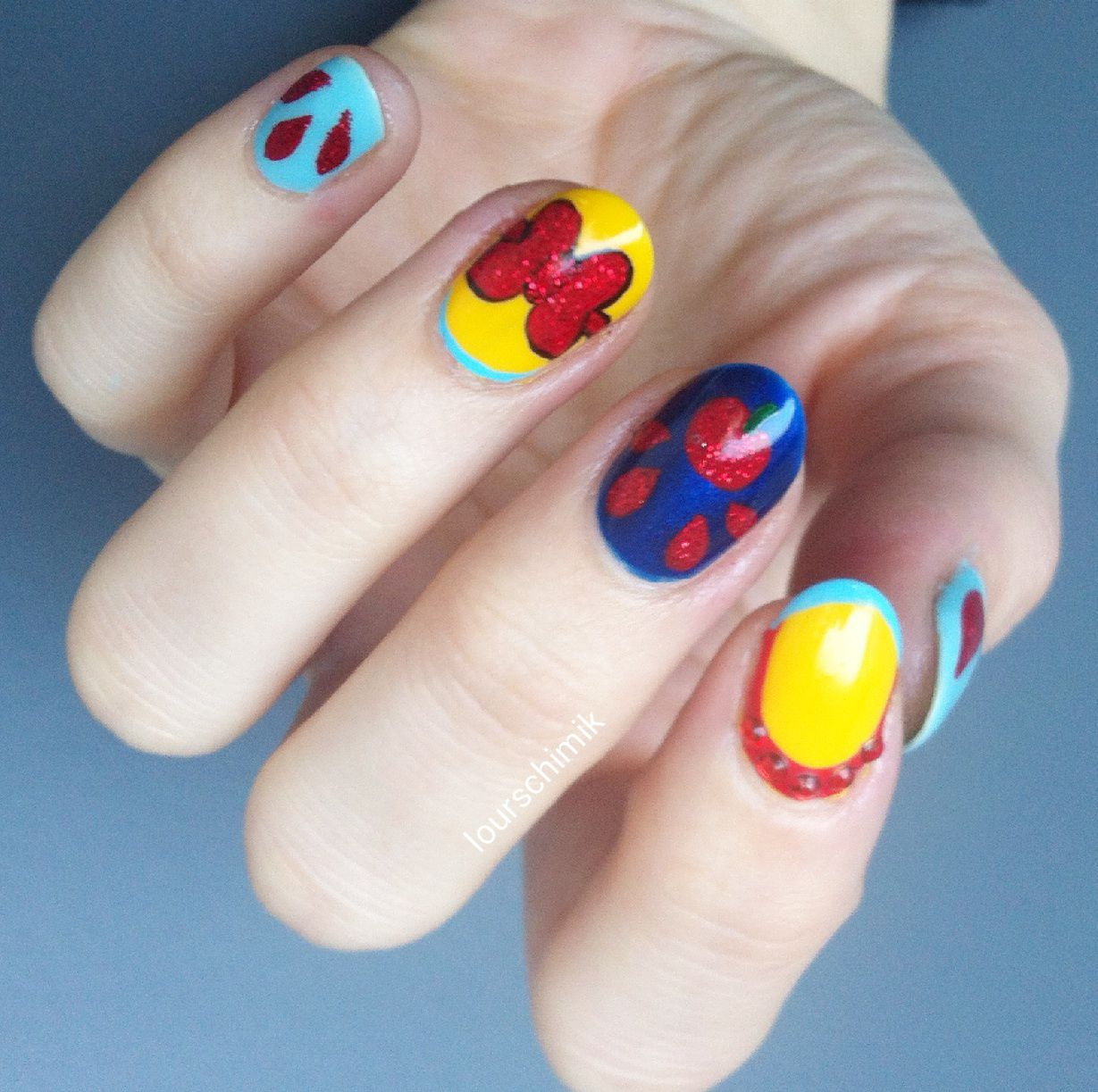 Disney nails - Blanche Neige