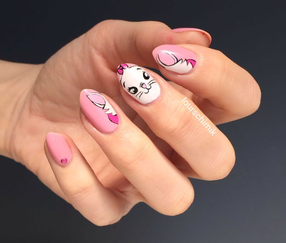 disney nail art - Marie - les Aristochats tuto inside
