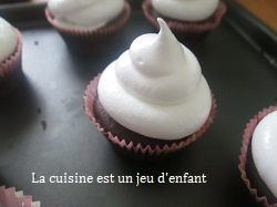 Hit hat cupcakes