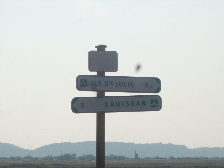 Direction MANDIRAC et son écluse.