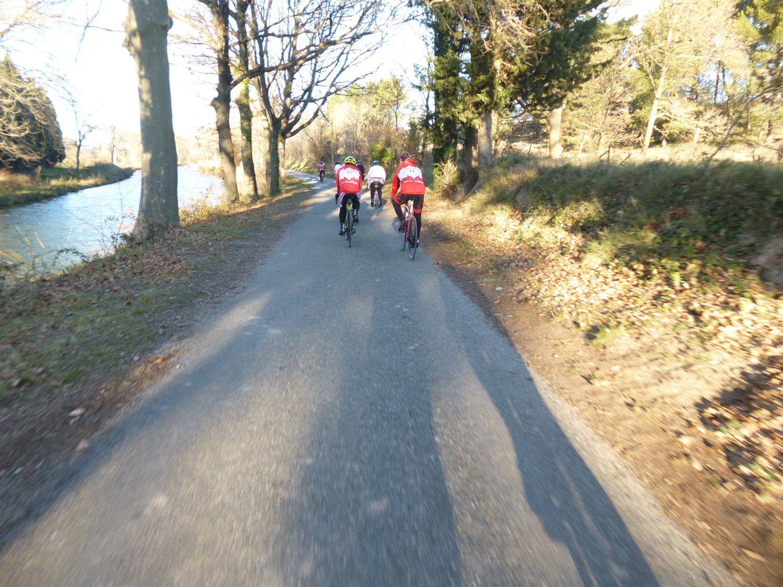 On suit le Canal du Midi jusqu'à l'Écluse de MARSEILLETTE