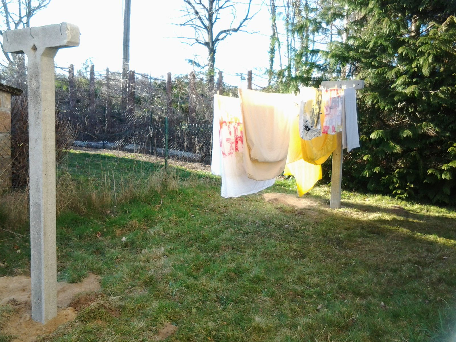 On s 39 occupe - Piquet a linge ...